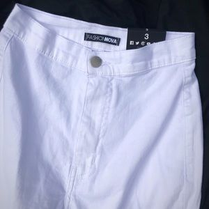 Brand new white skinny jeans! Size 3 women's